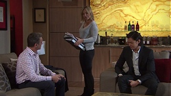 Paul Robinson, Steph Scully, Leo Tanaka in Neighbours Episode 7677