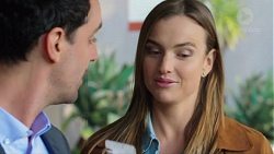 Nick Petrides, Amy Williams in Neighbours Episode 7677