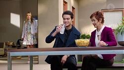 Xanthe Canning, Ben Kirk, Susan Kennedy in Neighbours Episode 7677