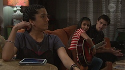 Yashvi Rebecchi, Kirsha Rebecchi, Ben Kirk in Neighbours Episode 7677