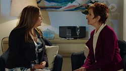 Terese Willis, Susan Kennedy in Neighbours Episode 7677