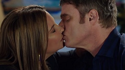 Terese Willis, Gary Canning in Neighbours Episode 7677