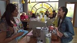 Dipi Rebecchi, Yashvi Rebecchi in Neighbours Episode 7682