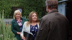 Sheila Canning, Terese Willis, Gary Canning in Neighbours Episode 7683