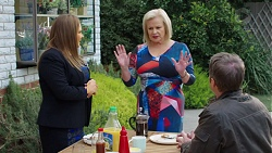 Terese Willis, Sheila Canning, Gary Canning in Neighbours Episode 7684