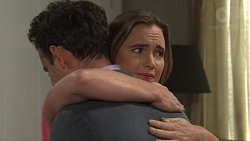 Nick Petrides, Amy Williams in Neighbours Episode 7685
