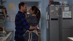 Shane Rebecchi, Dipi Rebecchi in Neighbours Episode 7687