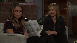 Paige Novak, Steph Scully in Neighbours Episode 7688