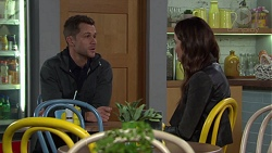 Mark Brennan, Elly Conway in Neighbours Episode 7690