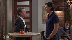 Paul Robinson, Leo Tanaka in Neighbours Episode 7691