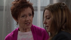 Susan Kennedy, Terese Willis in Neighbours Episode 7697