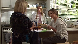 Sheila Canning, Xanthe Canning, Amy Williams in Neighbours Episode 7698
