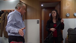 Hamish Roche, Louise McLeod in Neighbours Episode 7699