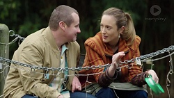 Toadie Rebecchi, Sonya Mitchell in Neighbours Episode 7701
