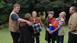 Gary Canning, Terese Willis, Sonya Mitchell, Piper Willis, Xanthe Canning, Toadie Rebecchi in Neighbours Episode 7701