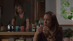 Steph Scully, Sonya Mitchell in Neighbours Episode 7704