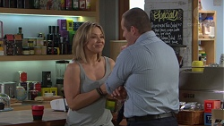 Steph Scully, Toadie Rebecchi in Neighbours Episode 7704