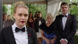 Xanthe Canning, Mishti Sharma, Dipi Rebecchi, Yashvi Rebecchi, Sheila Canning, Gary Canning in Neighbours Episode 7706