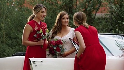 Paige Novak, Terese Willis, Piper Willis in Neighbours Episode 7706