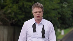 Gary Canning in Neighbours Episode 7707