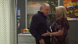 Hamish Roche, Sheila Canning in Neighbours Episode 7709