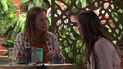 Sonya Mitchell, Elly Conway in Neighbours Episode 7710