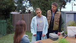 Amy Williams, Xanthe Canning, Gary Canning in Neighbours Episode 7711