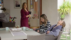 Terese Willis, Paige Novak, Piper Willis in Neighbours Episode 7711
