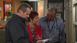 Toadie Rebecchi, Susan Kennedy, Karl Kennedy in Neighbours Episode 7711