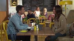 Mark Brennan, Elly Conway in Neighbours Episode 7712