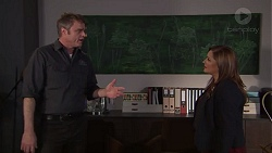 Gary Canning, Terese Willis in Neighbours Episode 7712