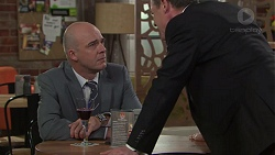Tim Collins, Paul Robinson in Neighbours Episode 7712