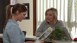 Amy Williams, Steph Scully in Neighbours Episode 7713