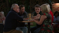Hamish Roche, Tyler Brennan, Gary Canning, Sheila Canning in Neighbours Episode 7714