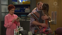 Susan Kennedy, Toadie Rebecchi, Sonya Mitchell in Neighbours Episode 7715