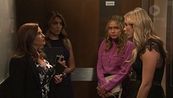 Terese Willis, Paige Novak, Xanthe Canning, Courtney Grixti in Neighbours Episode 7715
