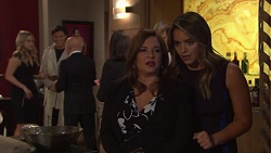 Courtney Grixti, Leo Tanaka, Kit Gatsby, Terese Willis, Paige Novak in Neighbours Episode 7715