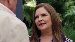 Hamish Roche, Terese Willis in Neighbours Episode 7716