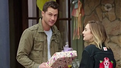 Mark Brennan, Piper Willis in Neighbours Episode 7716