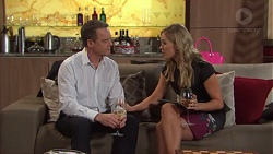Paul Robinson, Courtney Grixti in Neighbours Episode 7716