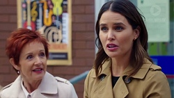 Susan Kennedy, Elly Conway in Neighbours Episode 7717