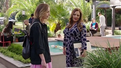 Piper Willis, Terese Willis in Neighbours Episode 7717