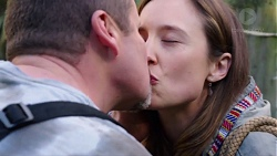 Toadie Rebecchi, Sonya Mitchell in Neighbours Episode 7717