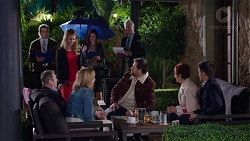 Abby Coleman, Karl Kennedy, Steph Scully, Shane Rebecchi, Susan Kennedy, David Tanaka in Neighbours Episode 7717