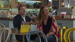 Toadie Rebecchi, Sonya Mitchell in Neighbours Episode 7718