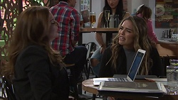 Terese Willis, Paige Novak in Neighbours Episode 7718