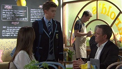 Amy Williams, Jimmy Williams, Paul Robinson in Neighbours Episode 7719
