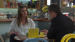 Amy Williams, Paul Robinson in Neighbours Episode 7719