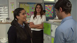 Yashvi Rebecchi, Elly Conway, Ben Kirk in Neighbours Episode 7720
